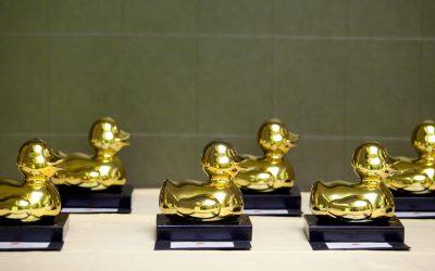 Betfair y Tómbola aspiran a 3 patos dorados en esta 4ª edición